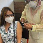 Puestos de vacunación del IGSS y disponibilidad de dosis se pueden consultar en yomevacuno.gob.gt